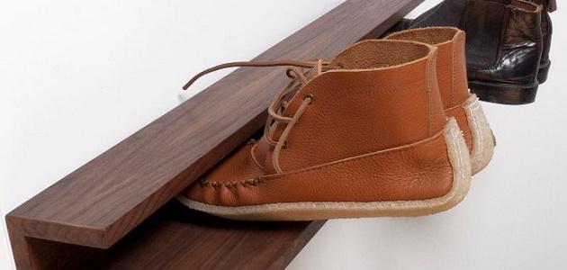 деревянная настенная полка для обуви