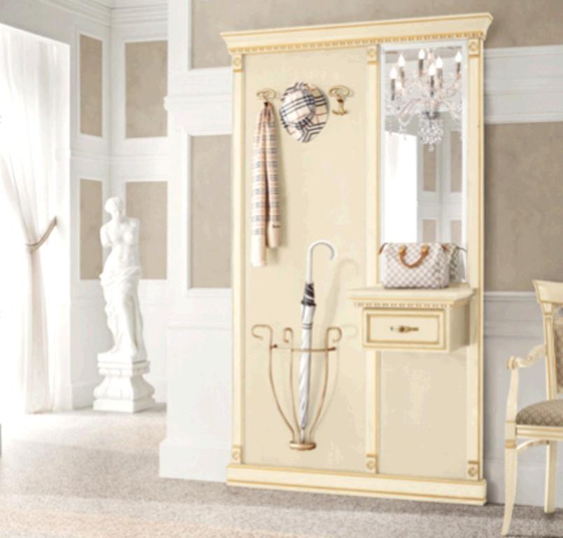 Белая мебель для классической прихожей