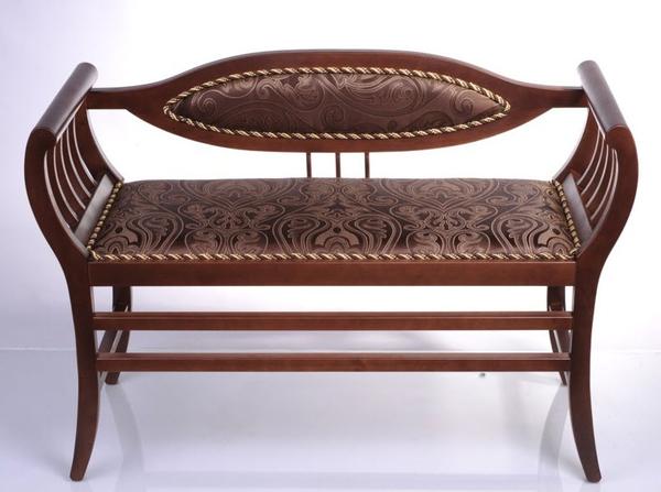 Деревянный диванчки для прихожей