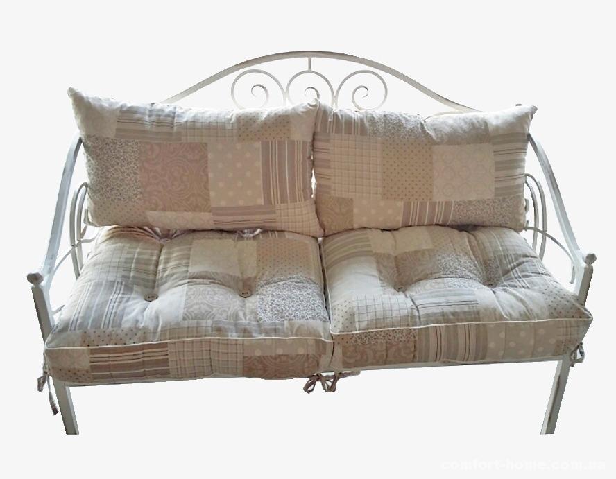 Диван кованый с подушками