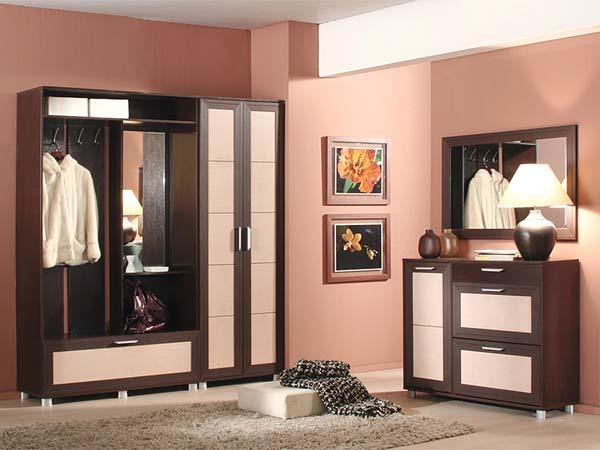 Комплект мебели с комодом