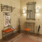 Кованая мебель в небольшой прихожей
