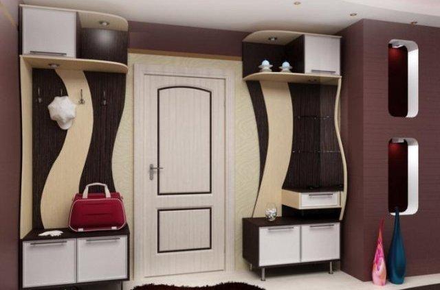 Мебель в прихожей частного дома
