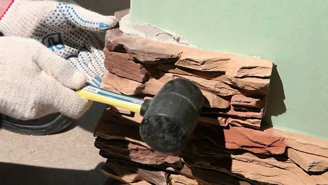 Простукивание декоративного камня
