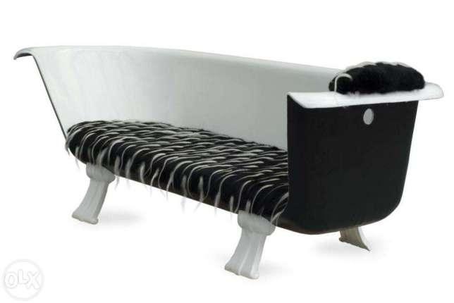 Шикарный дизайнерский диван в прихожую