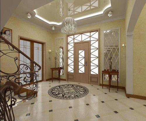 Светлый комбинированный потолок в частном доме