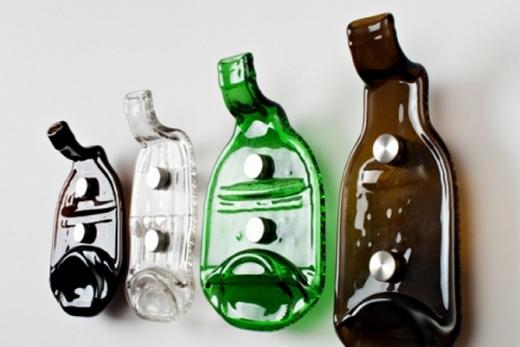 Вешалки из пластика в прихожую
