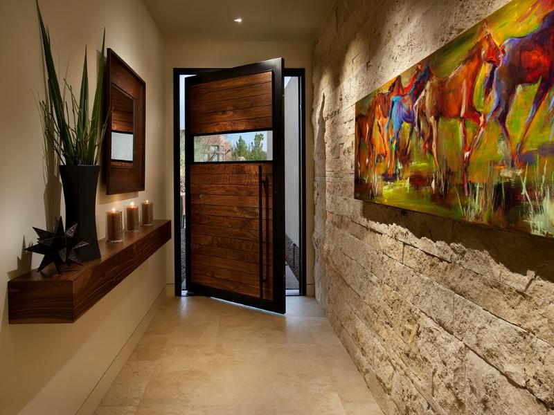 Красивое оформление узкого коридора