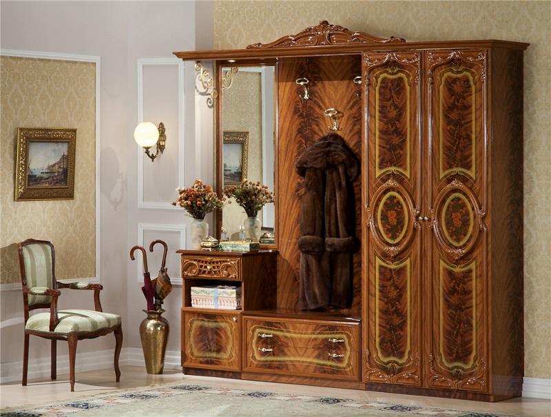 Мебель для прихожей из массива дерева