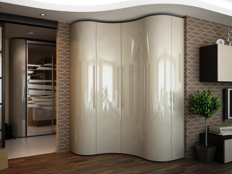 Оригинальный шкаф купе в белом цвете радиусный в прихожей