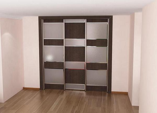 Встроенный шкаф, двери комбинация из дсп и крашеного стекла