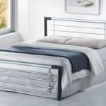 Долговечная кровать с металлическим каркасом