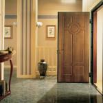 Дверь входная с обивкой из МДФ панелей