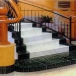Керамогранитная плитка для создания ступеней лестницы