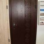 Красивая резьба для входной двери