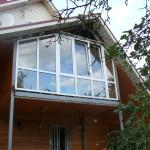Металлопластиковые окна для балкона частного дома