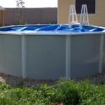 Небольшой высокий каркасный бассейн
