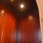 Облицовка откосов входной двери с подсветкой