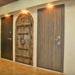 Подсветка для входных дверей в проеме