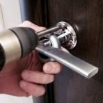 Ремонт и установка замка для входной двери