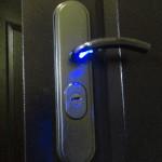 Ручка для двери с подсветкой