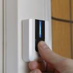 Звонок для двери из пластика с синей подсветкой