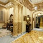Мрамор в создании прихожей барокко стиля