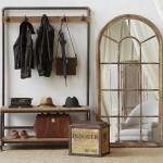 Мебель для стиля лофт использованная в прихожей