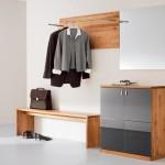 Удобная модульная мебель для прихожей с признаками хай-тек стиля