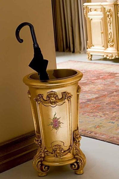 Урна для зонтов в прихожую с барокко дизайном