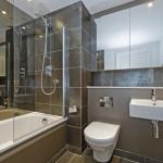 Как создать современный ремонт ванной комнаты