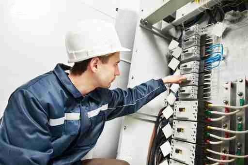 Обслуживание лифтов и особенности его проведения