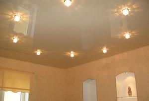 Пастельные тона натяжного потолка
