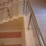 Практичный и безопасный ступени из керамогранита