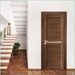 Установленная дверь из экошпона