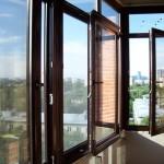 Четыре варианта остекления балкона