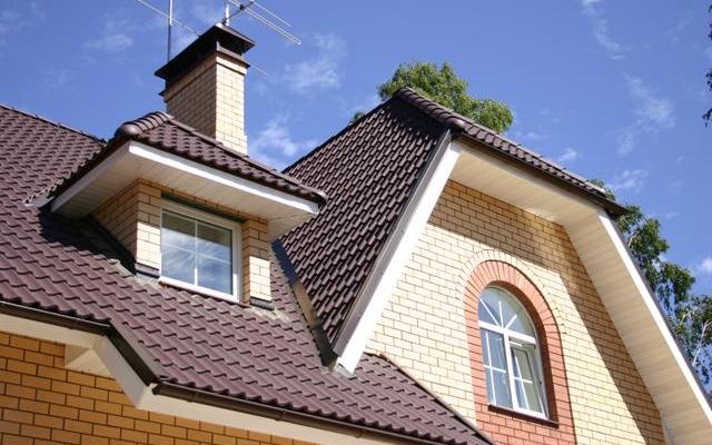 Обустройство крыши с помощью металлической черепицы