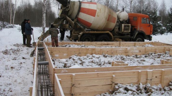 Плюсы и минусы проведения строительных работ в зимний период