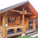 Практичная деревянная баня