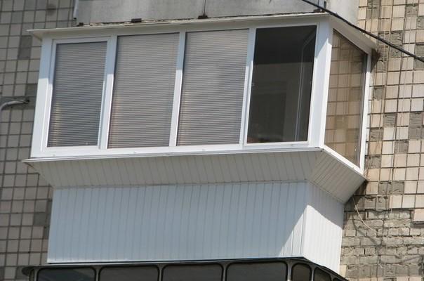 Стоит ли осуществлять вынос балкона