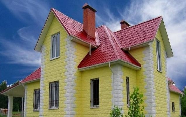 Влияние цветовых сочетаний крыши и фасада на гармонию здания