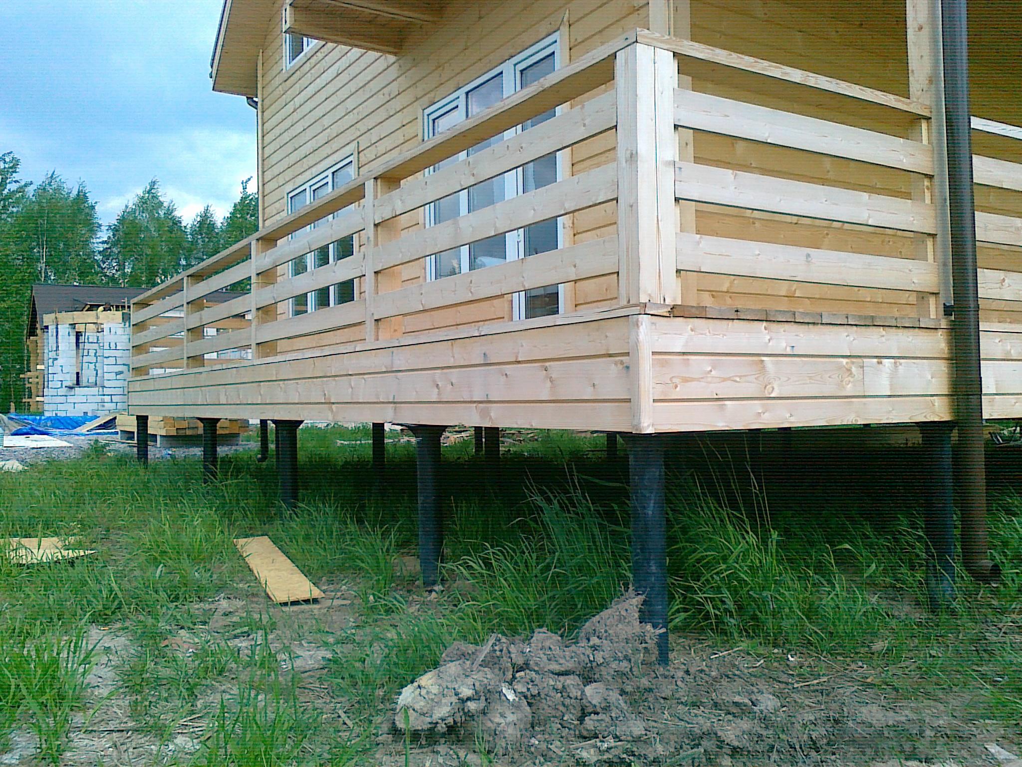 Как построить дом на сваях своими руками 550