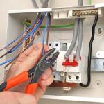 Как защитить домашнюю электропроводку?