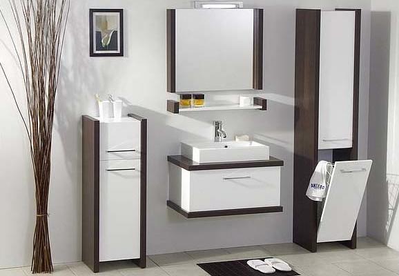 Какую мебель лучше подобрать для большой ванной комнаты?