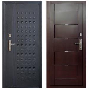 Красивая металлическая входная дверь