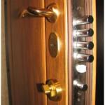 Основные разновидности замков для металлической двери