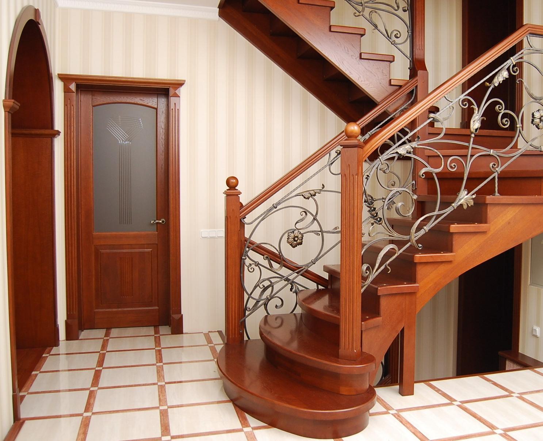 Из какого дерева сделать лестницу фото 956