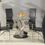 Интерьер и стулья для кухни