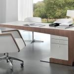 Правила выбора современных письменных столов