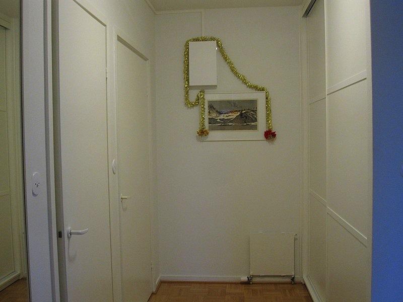 как задекорировать счетчик в коридоре картинки широк полог, смешанной